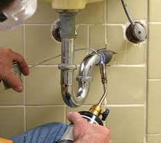 fuite jointure raccords plombier